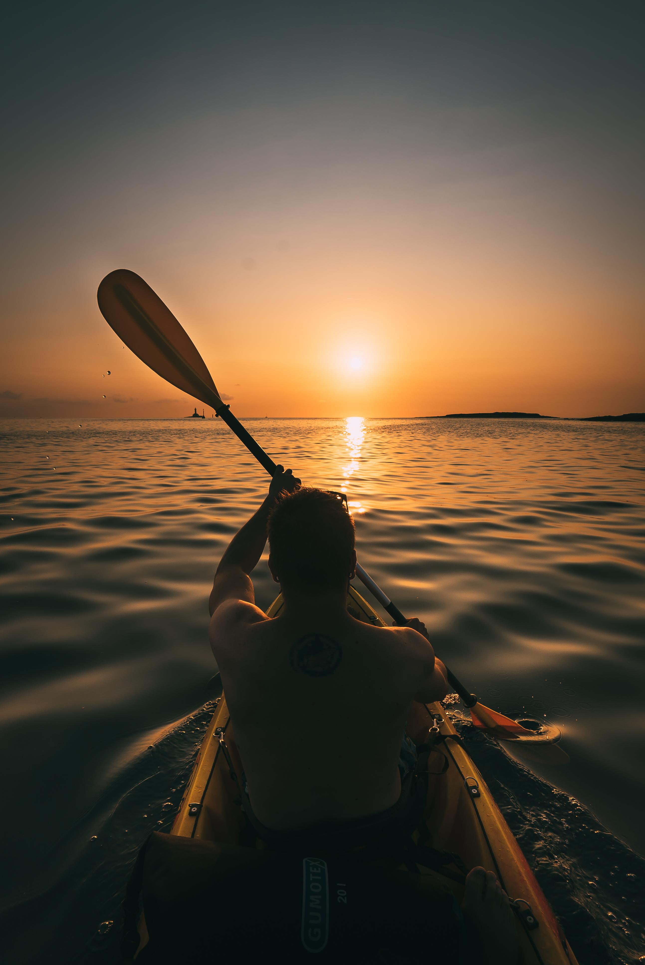 kayak tour pula